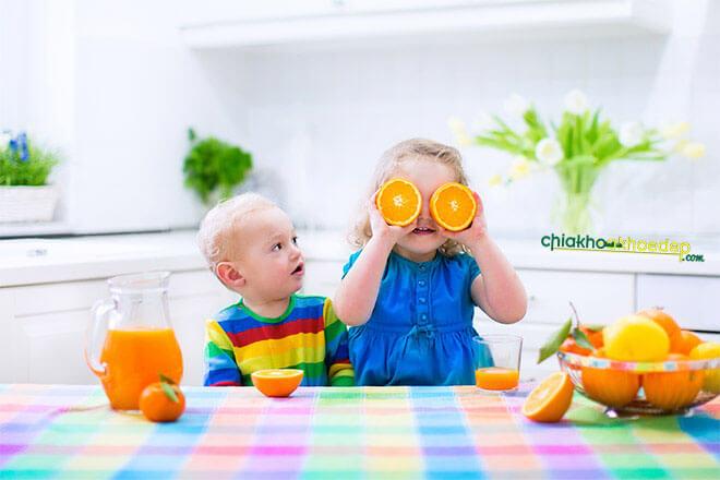 trẻ biếng ăn chậm tăng cân 2